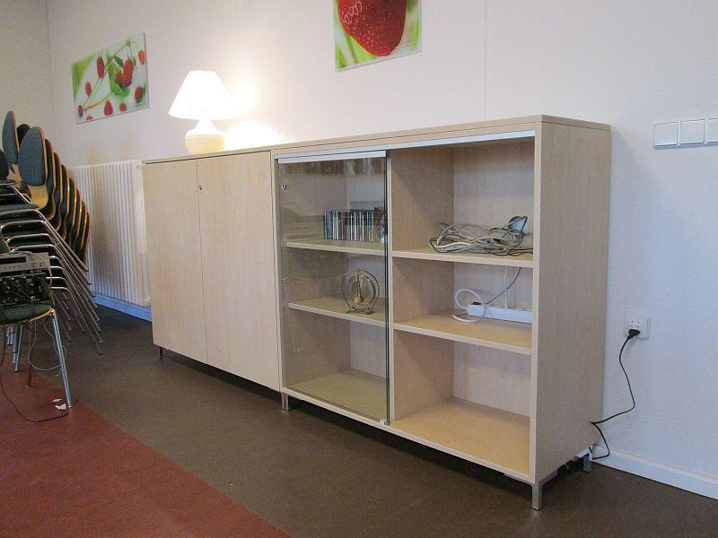 Schrank / Sideboard in Ahorndekor